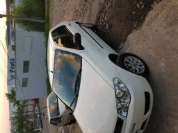 Fiat Palio com baixa km
