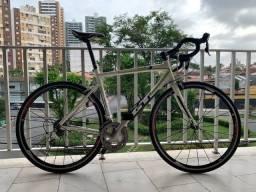 Bicicleta bike speed estrada Gt Series 4