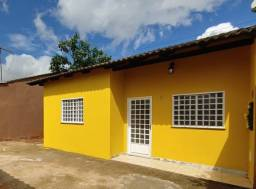 Vendo Casa Reformada, 2 Quartos, Cond. Fechado, Excelente Localização, Águas Lindas-GO