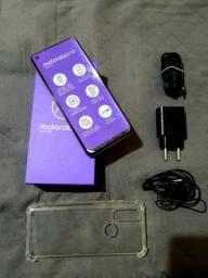 Motorola Action 128 GB na caixa