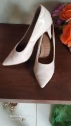 Sandálias pouco usadas 20 reais