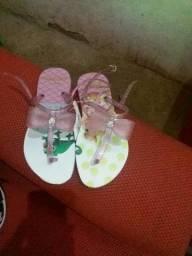 Vendo essas lindas sandálias