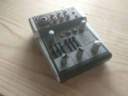 Placa de som Behringer Xenyx USB 302