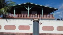 Casa com 4 quartos , piscina e ampla varanda na cidade de Salinópolis!