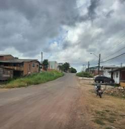 Terreno em Santana com Casa em madeira, Bairro Paraíso