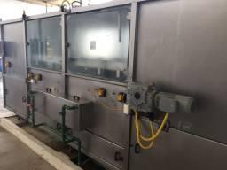 Máquinas para água mineral ou adicionada de sais