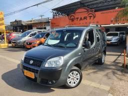 Fiat / Doblo 1.8 Essence - 7 Lugares - Completa - Nova !