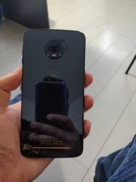 Moto Z3 Play - com display quebrado