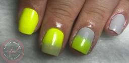 Manicure e pedicure / Alongamento em fibra de vidro