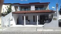 Casa na Av Fraga Maia