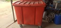 Contêiner de lixo 660 litros