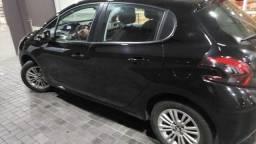 Peugeot 208 allure 1.2, ano 2020, teto panorâmico, multimídia, em garantia