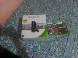 Xbox 360 super slin travado 4 gigas caixa semi novo