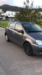 Toyota Etios 2015 hatch 1.3 - BARBADA