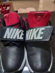 Tênis Nikes ORIGINAIS INFANTIL
