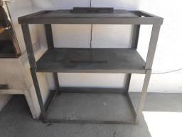 Mesa de ferro reforçada com 2 alturas para máquinas industriais