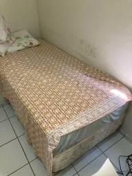 Cama de solteiro R$ 320,00