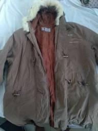 Lindo casaco grosso com pelúcia na touca!