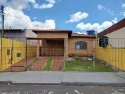 Casa com 2 dormitórios para alugar, 0 m² por R$ 1.200,00/mês - Boa Vista - Uberaba/MG