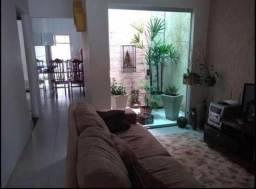 Casa para Locação em Uberlândia, Granada, 3 dormitórios, 1 suíte, 3 banheiros, 5 vagas