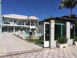 Casa com piscina para locação diária em caioba-PR