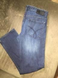 Vendo calça calvin Klein slim original jeans nova nunca usada,