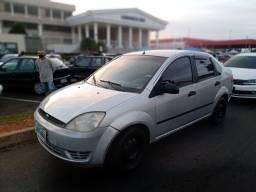 Fiesta sedan 1.6 2004