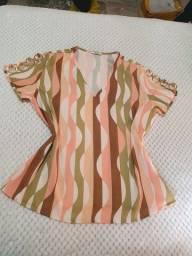 Camisa/blusa estampada P nunca usada