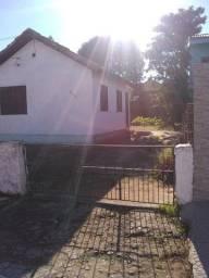 Vende-se Casa no Bairro Mascarenhas em Bagé - RS