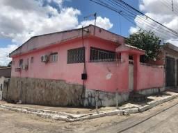Casa com 3 dormitórios à venda, 100 m² por R$ 186.000,00 - Centro - Santa Rita/PB