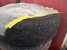 Roda 17 com pneus