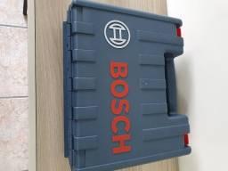 Furadeira Bosch 220 V 650 W NOVA de R$ 480 por R$ 350