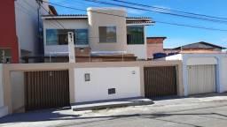 Casa com 4 quartos à venda, 192 m² por R$ 650.000 - Lauro de Freitas - Lauro de Freitas/Ba