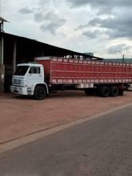 Título do anúncio: Caminhão Boiadeiro a venda