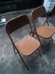 Pechincha 2 Cadeiras Baratinhas
