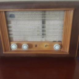 Rádio antigo marca Philips