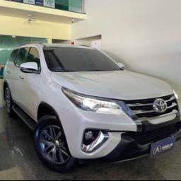 Título do anúncio: Toyota Hilux Cabine Dupla Hilux 2.8 srx  4x4 (Aut) 2019