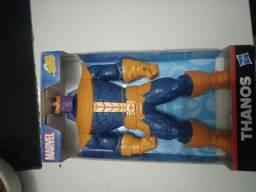 Boneco Thanos série Avangers( Vingadores) lacrado