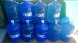 Vendo água mineral Sta.Clara