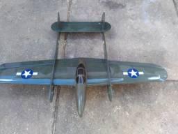 Aeromodelo bimotor p38 balsa great planes