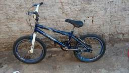 Bicicleta aro 16 BMX $150