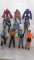Bonecos e vilões Max Steel