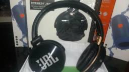 Fone JBL via Bluetooth