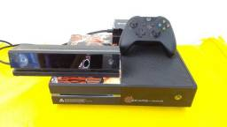 Xbox One completo c/Kinect