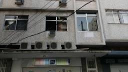 Apartamento com 02 dormitórios na Tijuca - 104m²
