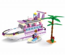 Lego Iate