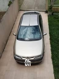 Laguna o carro antigo ganha de muito novinho aí! - 1998