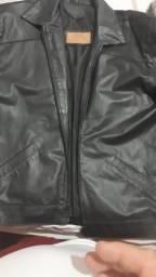 Vendo jaqueta preta couro legítimo