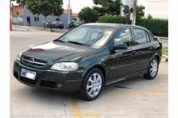 Vendo GM/Chevrolet Astra Hatch 2.0 MPFI 8V Flex motor 140 cavalos Manual 2010/2011
