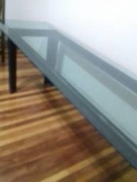 Mesa grande de vidro
